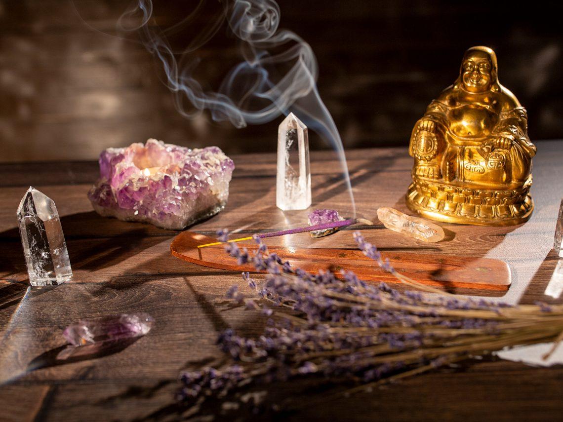 meditate cu cristale